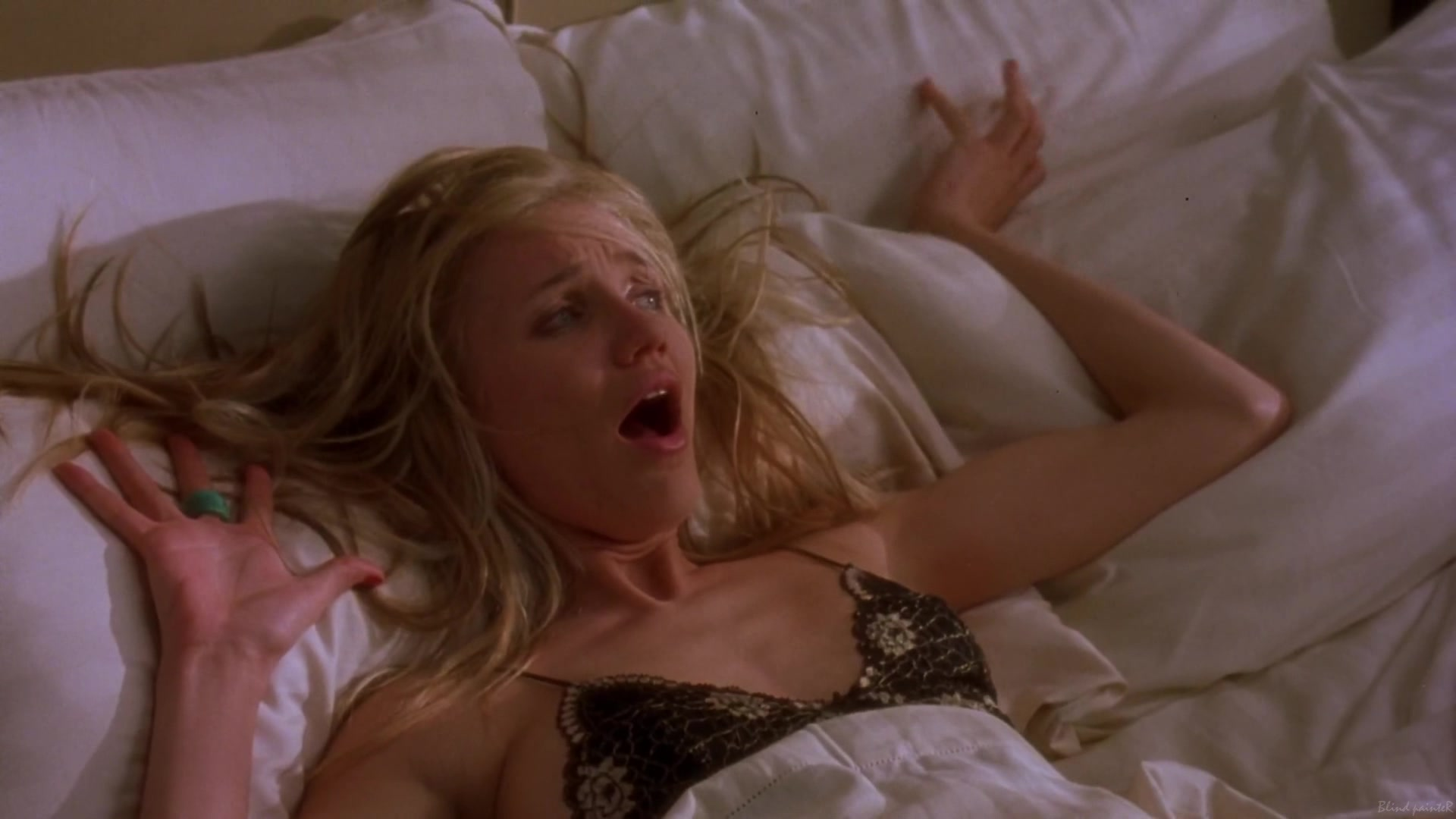 Cameron Diaz & Christina Applegate nude - The Sweetest Thing ...