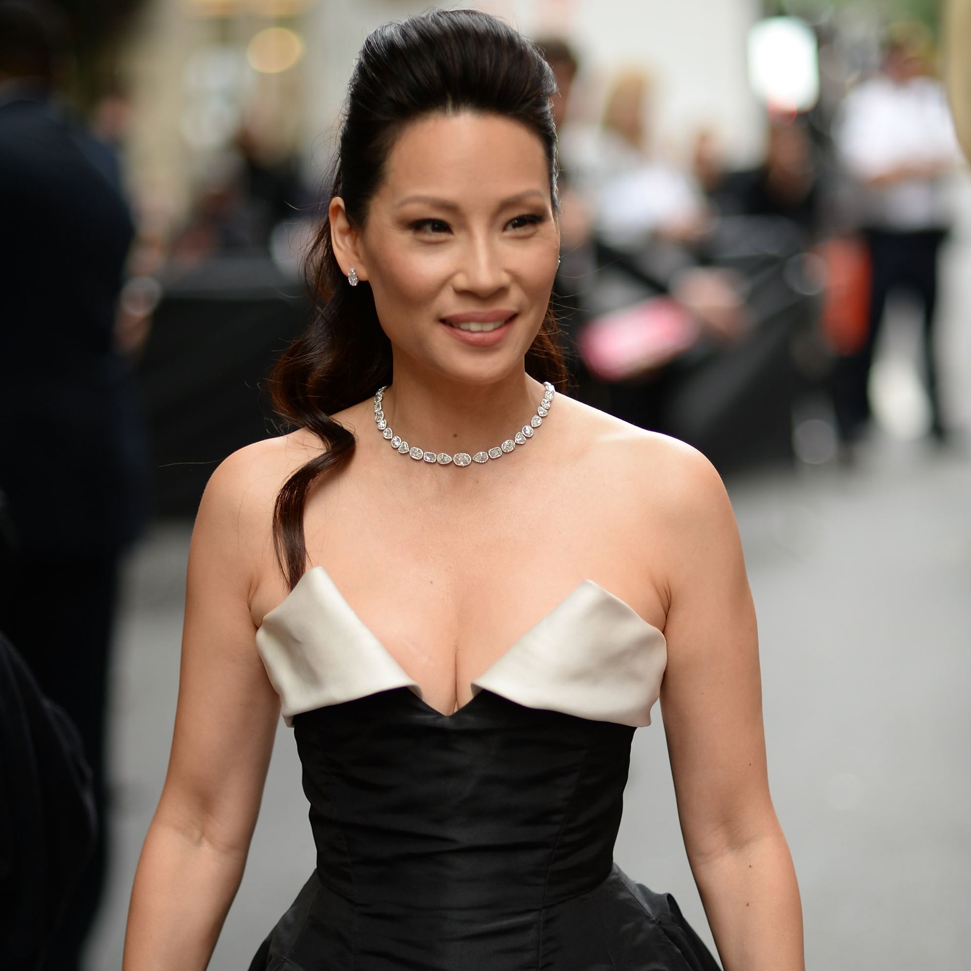Sexy Lucy Liu Pictures | POPSUGAR Celebrity