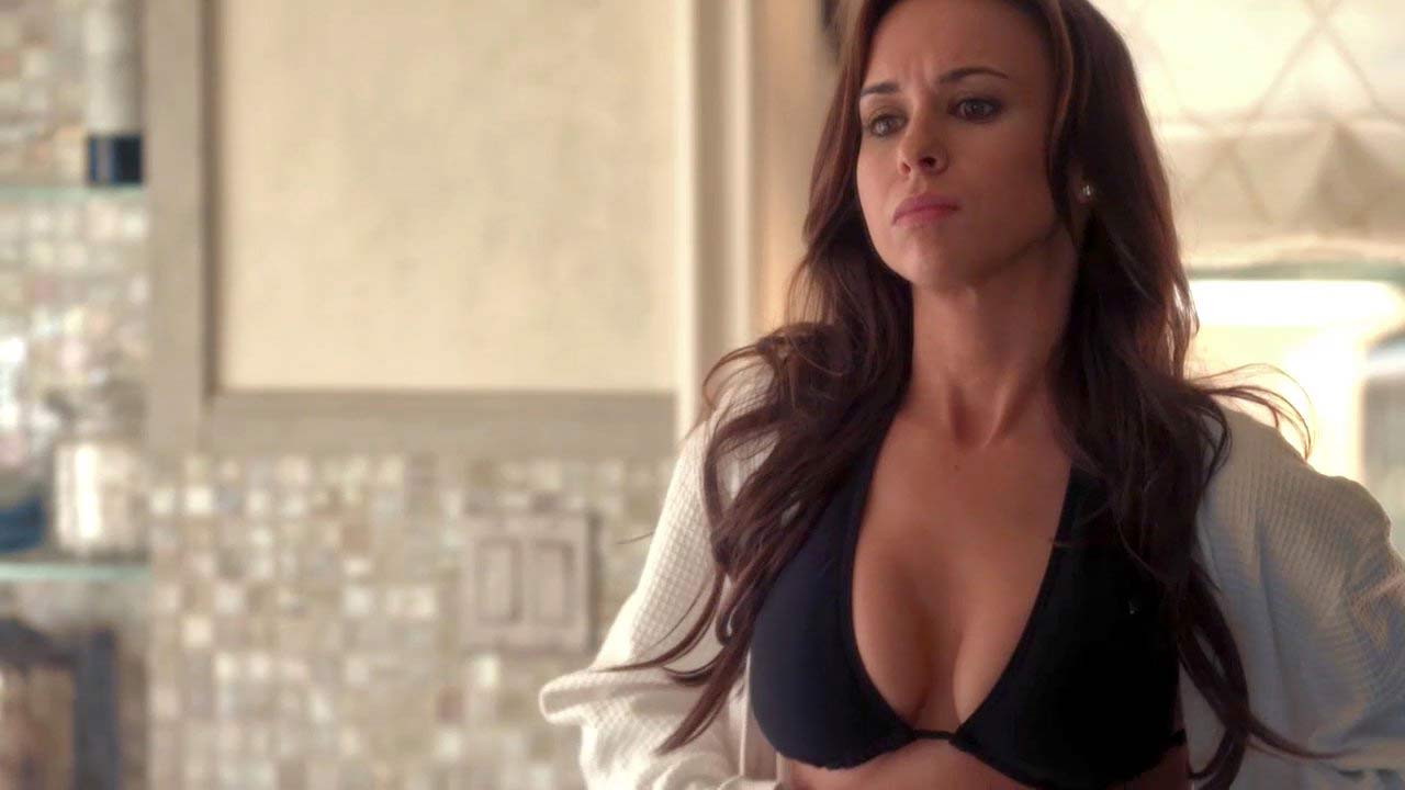 Lacey Chabert Sexy Cleavage Scene from 'Imaginary Friend ...