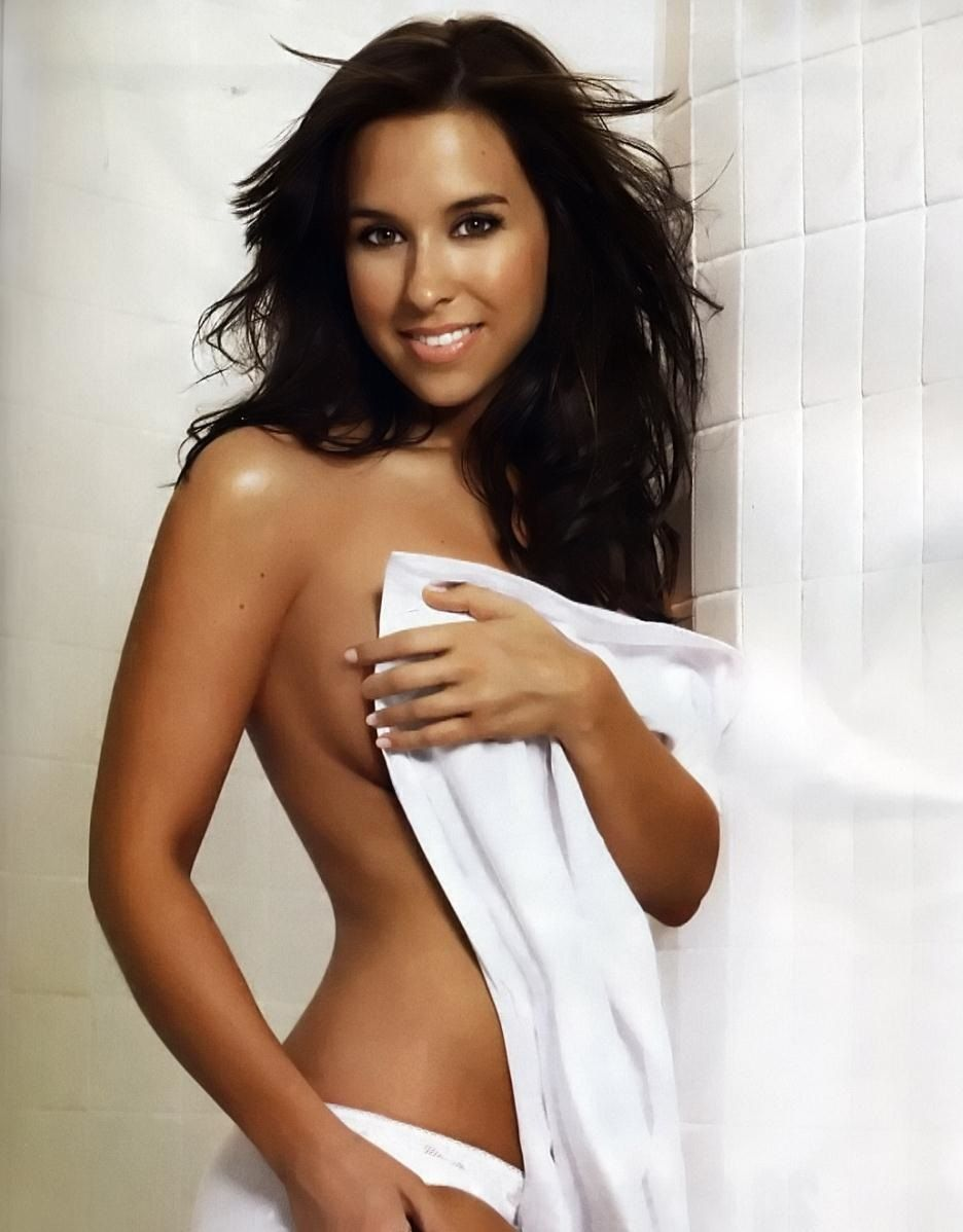 Lacey Chabert Nude Pictures. Rating = 8.65/10