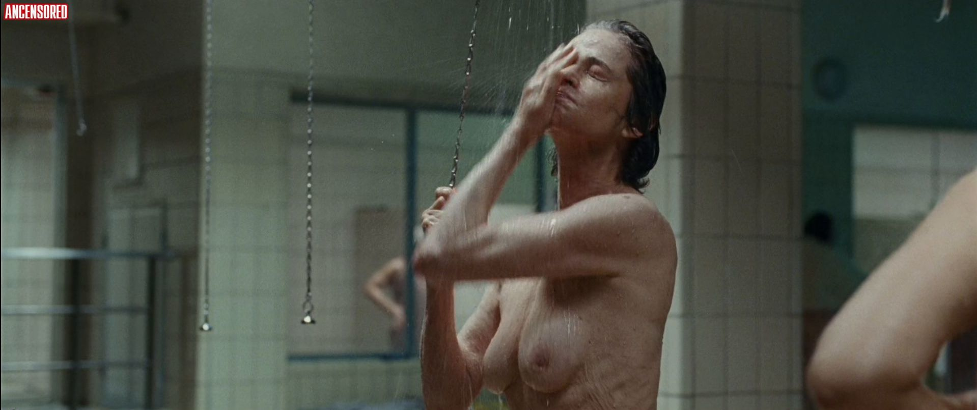 Naked Charlotte Rampling in Hannah < ANCENSORED