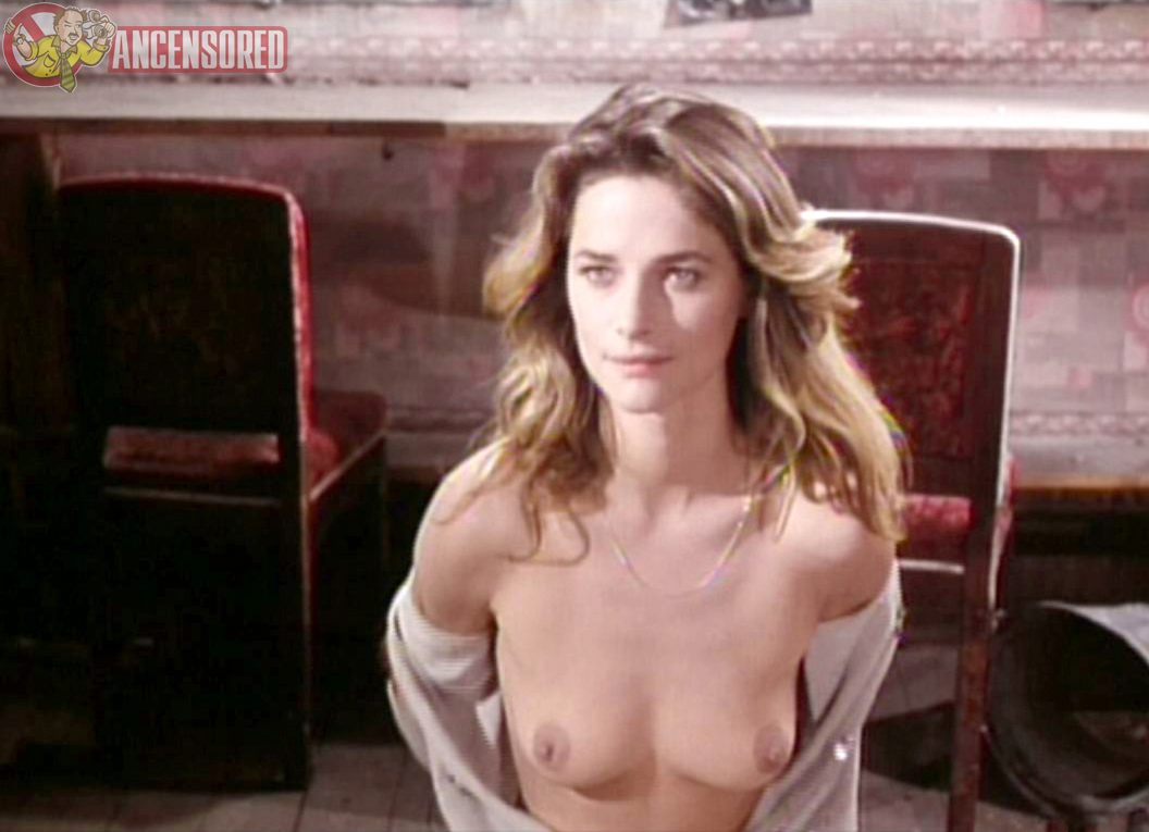 Naked Charlotte Rampling in La Chair de l'orchid < ANCENSORED