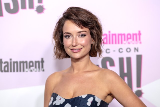 Milana Vayntrub: 22 Hottest Photos Of AT&T Girl Lily