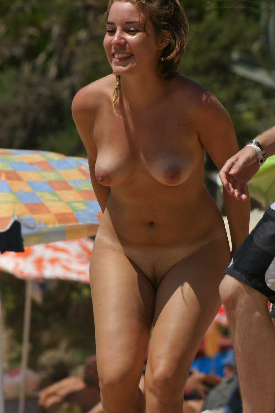 Nude at the Beach - Real Girls Naked