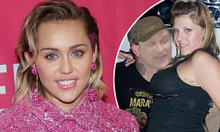 Miley Cyrus posts racy photos of Fuller House's Jodie ...