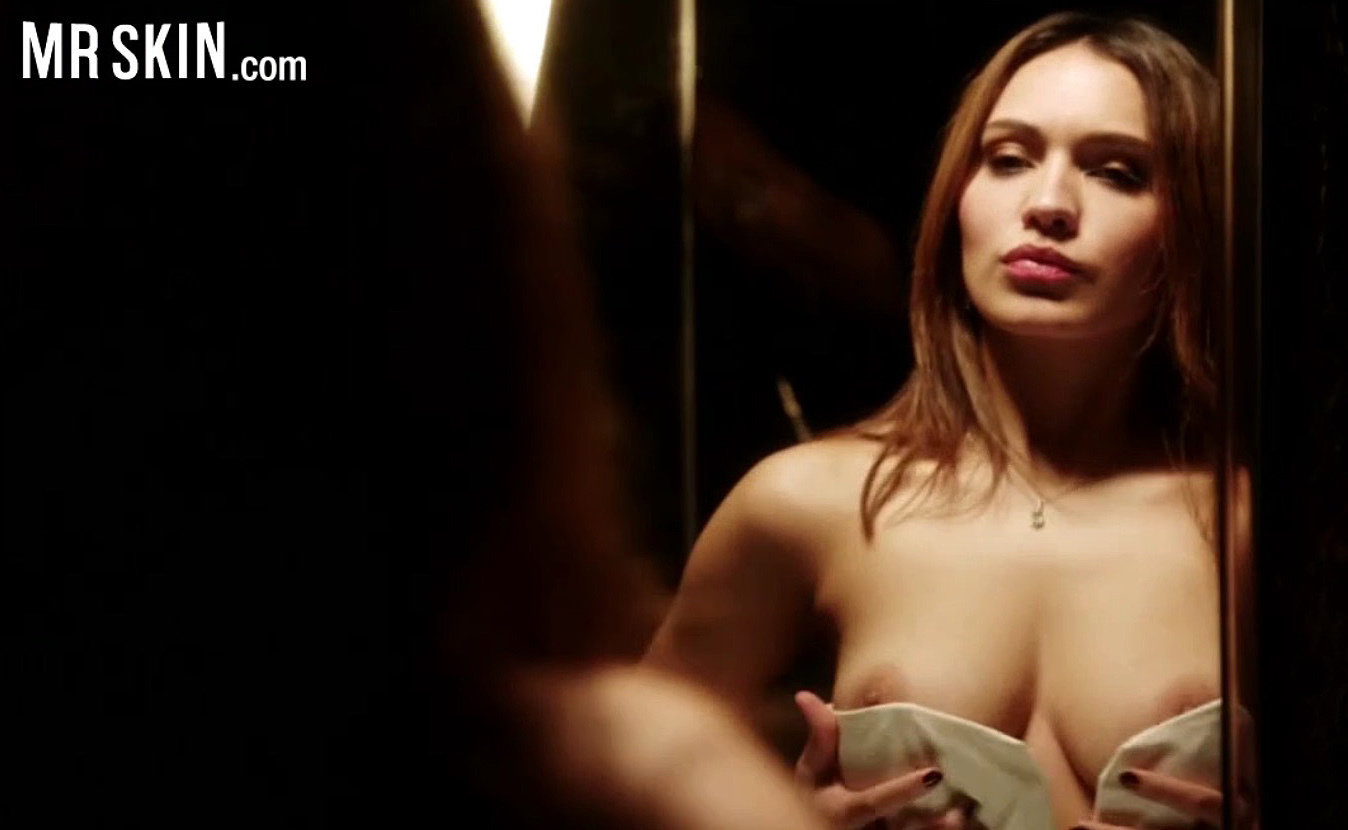 Mr Skin Minute Amanda Seyfried Topless Treats In Chloe