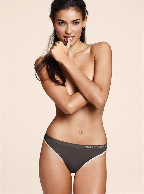 Kelly Gale's Pictures. Hotness Rating = Unrated