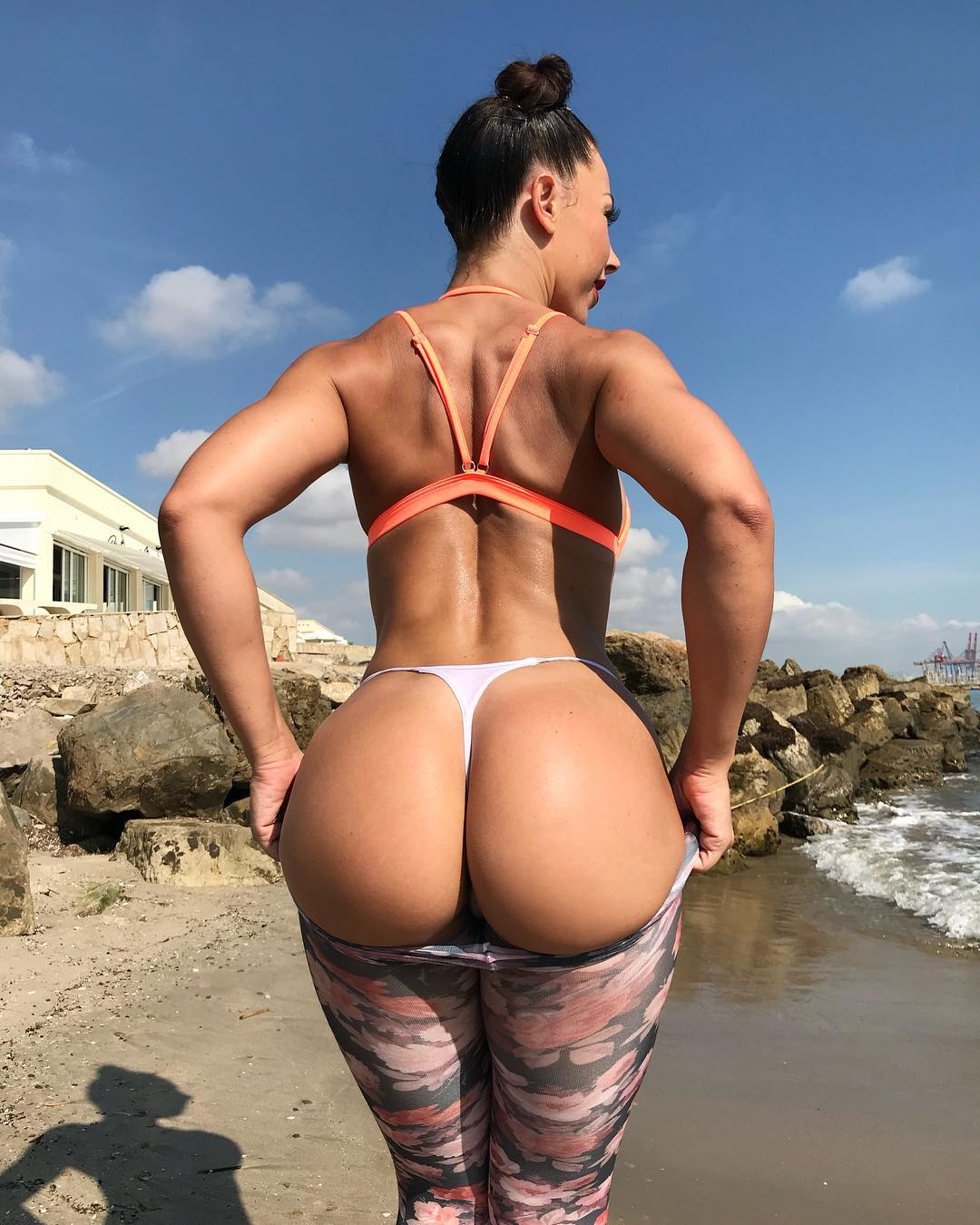 Yaela Heart's big ass - Alrincon.com