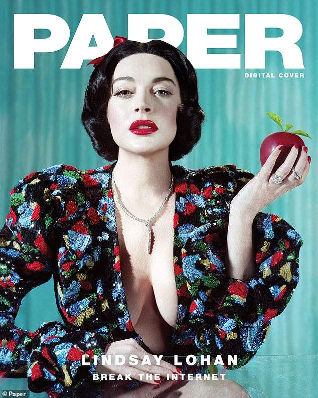 Lindsay Lohan poses for provocative Snow White-themed Paper ...
