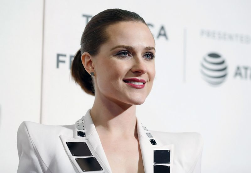 Evan Rachel Wood schools Paris Hilton for calling Millie ...