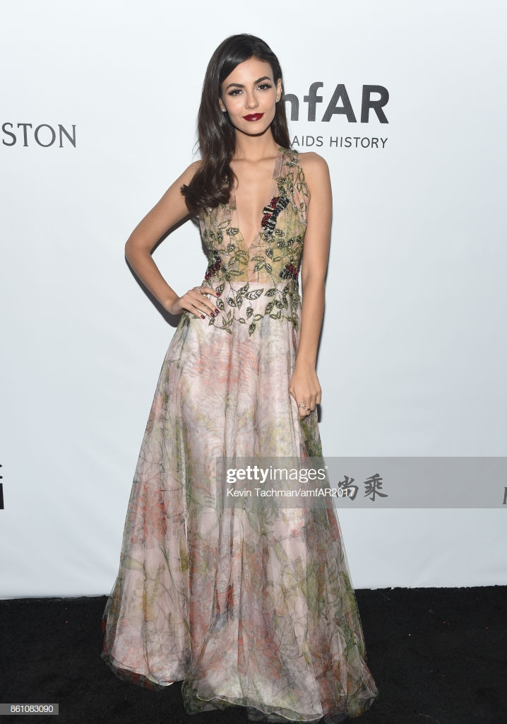 Victoria Justice at amfAR Los Angeles 2017 at Ron Burkle's ...