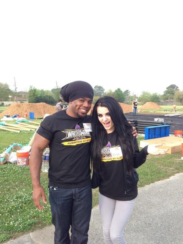 WWE Xavier Woods And Paige