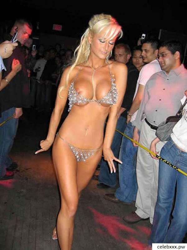 Paris Hilton nudes, fakes, and topless – Celebrity leaked ...