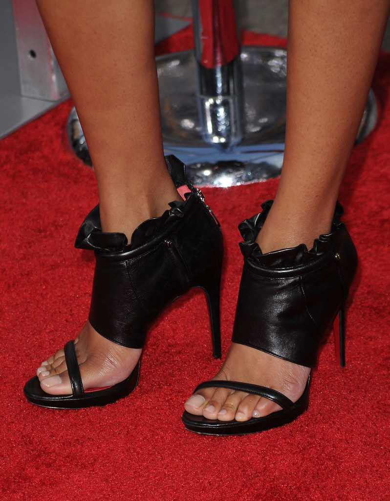 Zoe-Saldana-Feet-132820[1] | Niiiice1 | Flickr