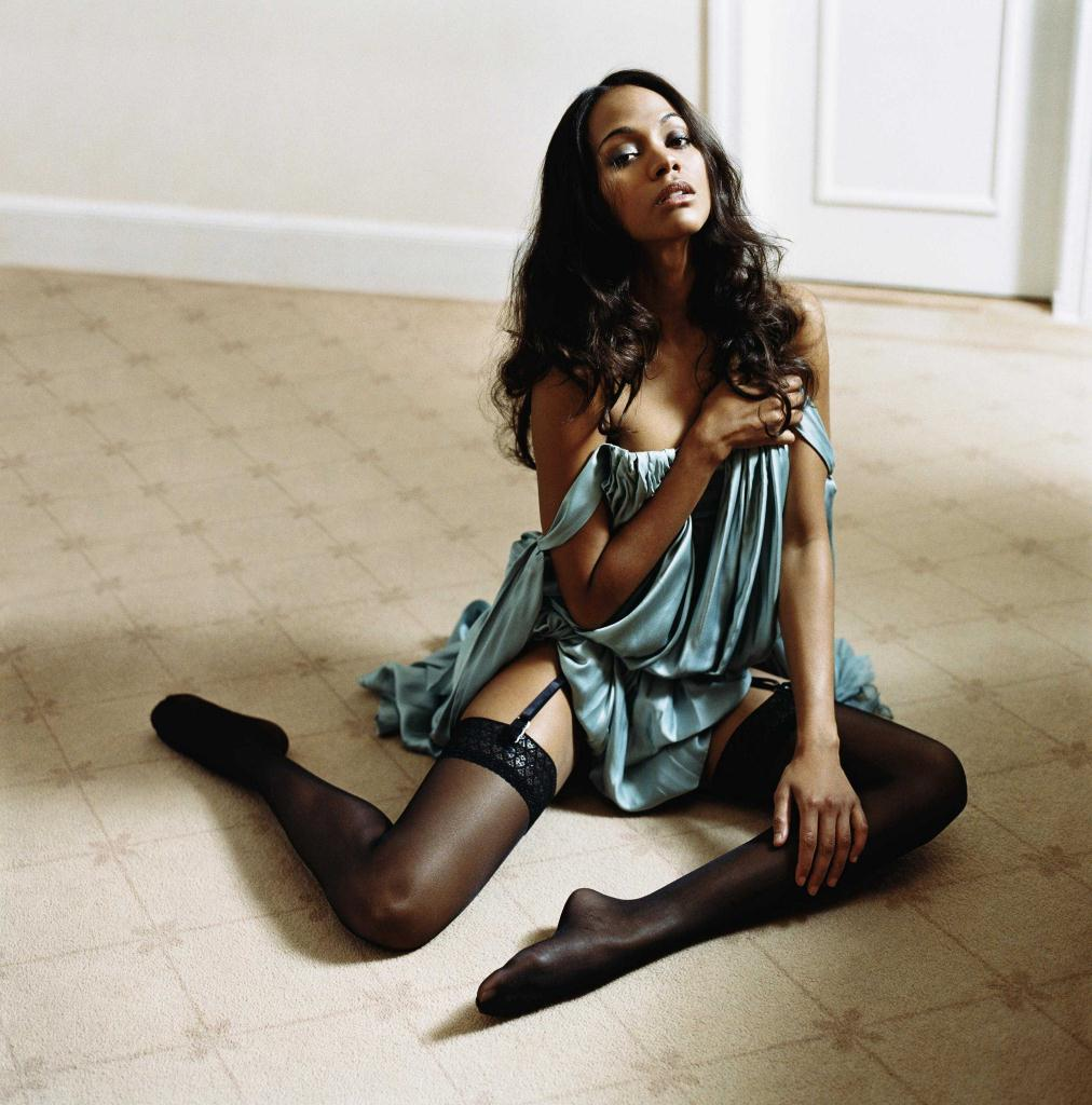Sexy Feet Zoe Saldana Photos | Celebrity Hub