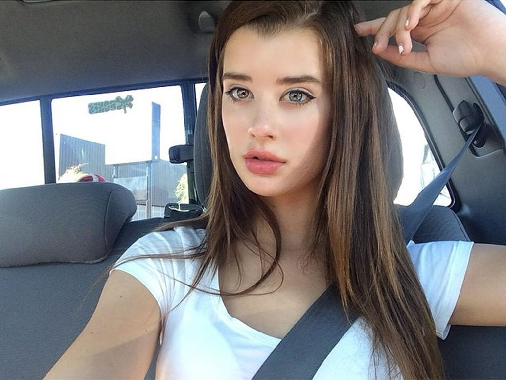 Sarah Rose McDaniel - posted in the PrettyGirls community