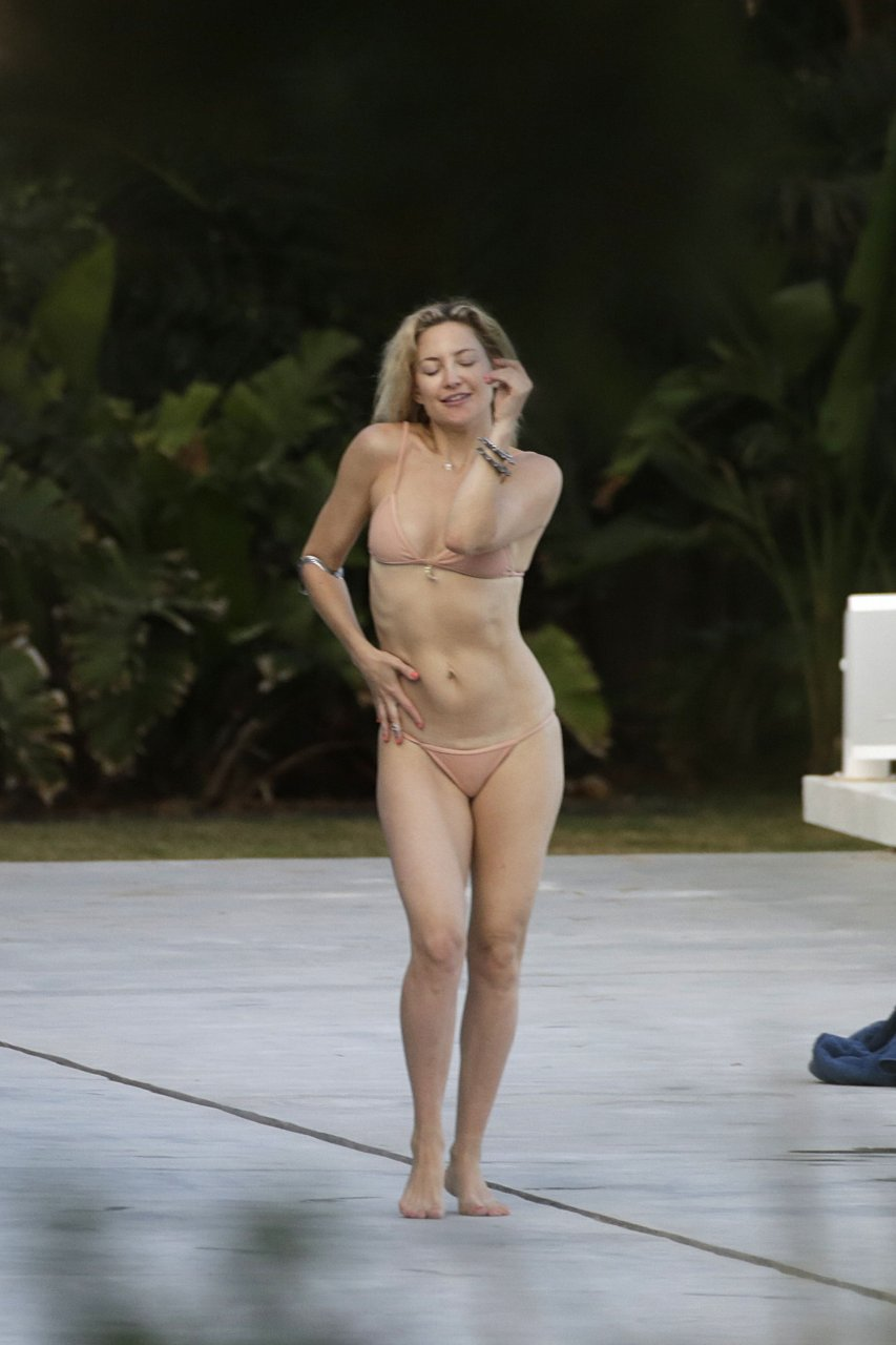 Kate hudson hot ass - Porn archive