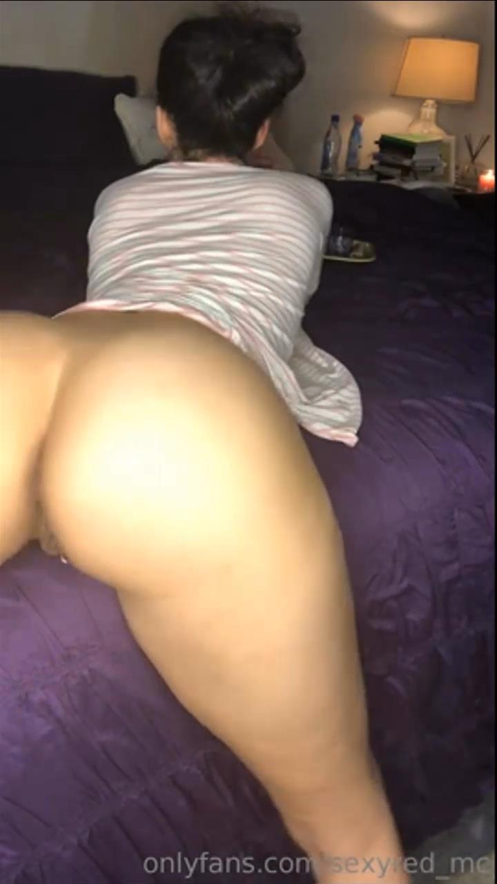 Phat ass instagram baddie flaunting her juicy pussy - Real ...