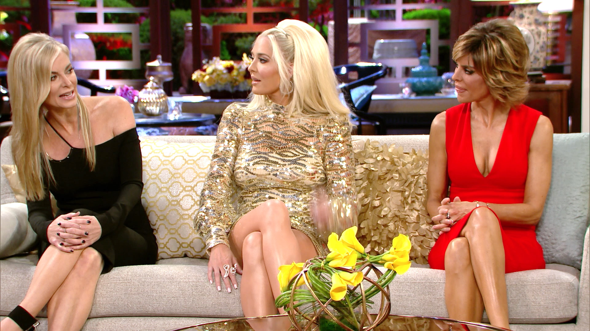 Eileen Davidson Does Erika Jayne Impression | The Daily Dish