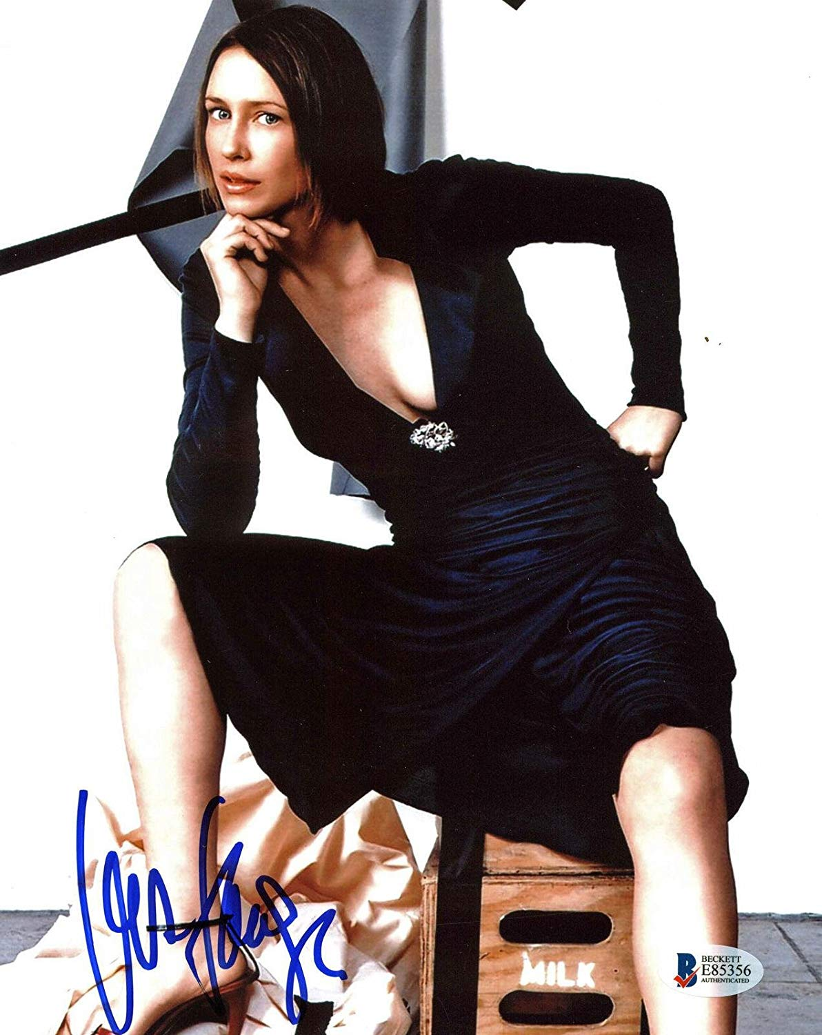 Vera Farmiga Sexy Signed 8x10 Photo Autographed BAS #E85356 ...