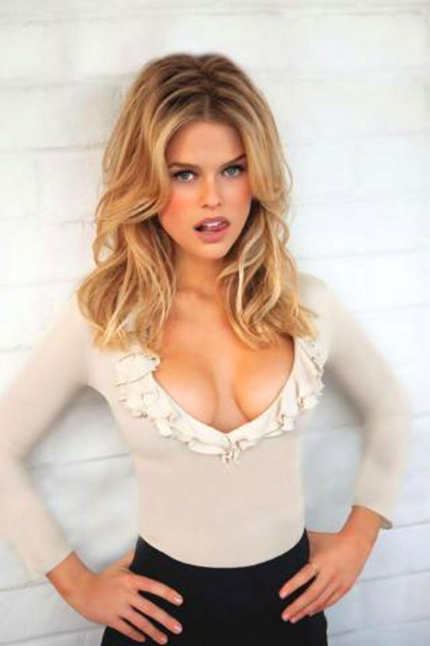 15 Moments of Alice Eve Being Perfect