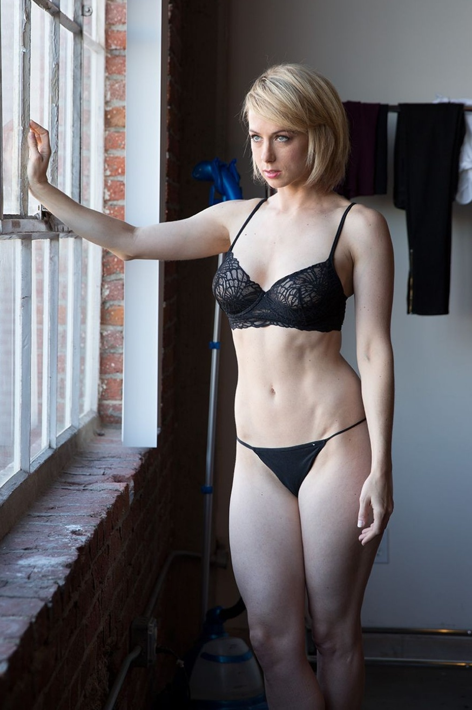 49 hottest photos with big ass Iliza Shlesinger make you crazy