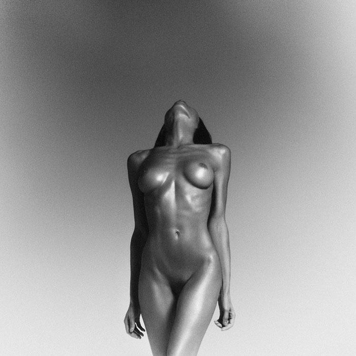 Tyson Beckford posed nude with TRANSGENDER model Ines Rau ...
