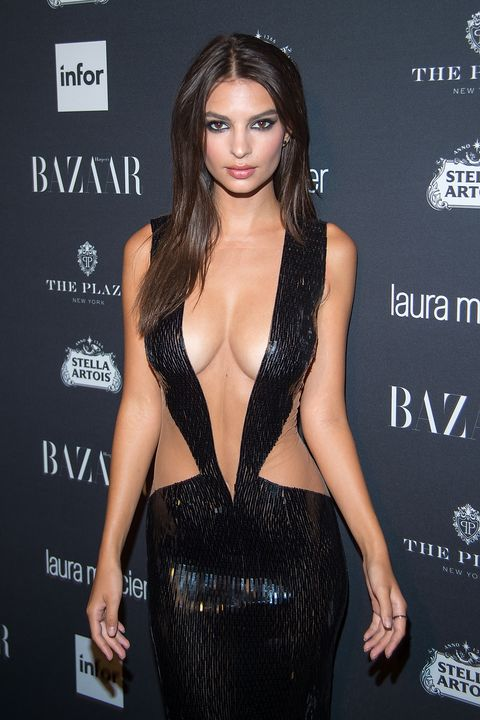 Emily Ratajkowski Wears a Little Fabric, a Lot of Glue to ...