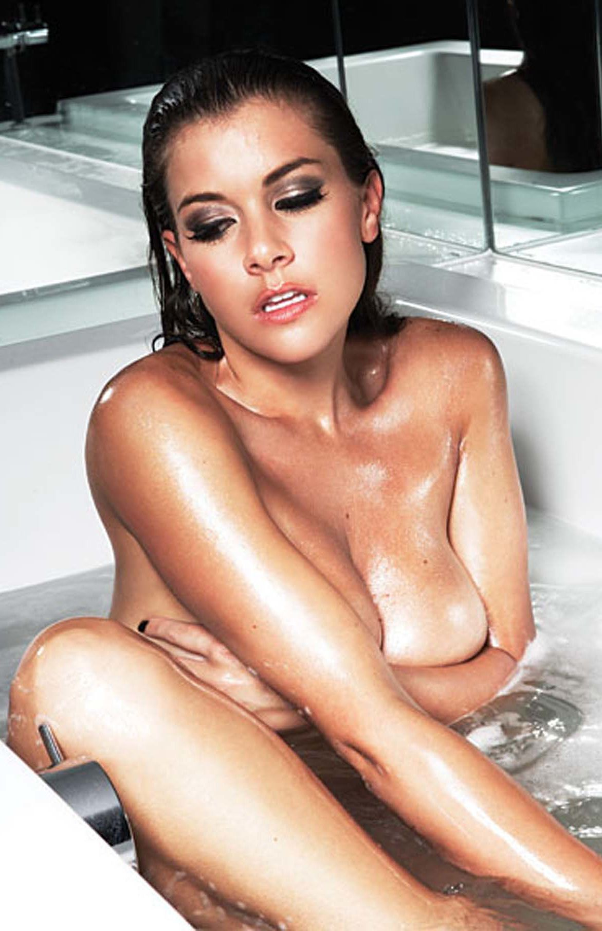 Imogen Thomas Nude Pictures. Rating = 9.56/10