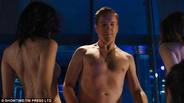 Billions: Damian Lewis strips off for jacuzzi scene with ...