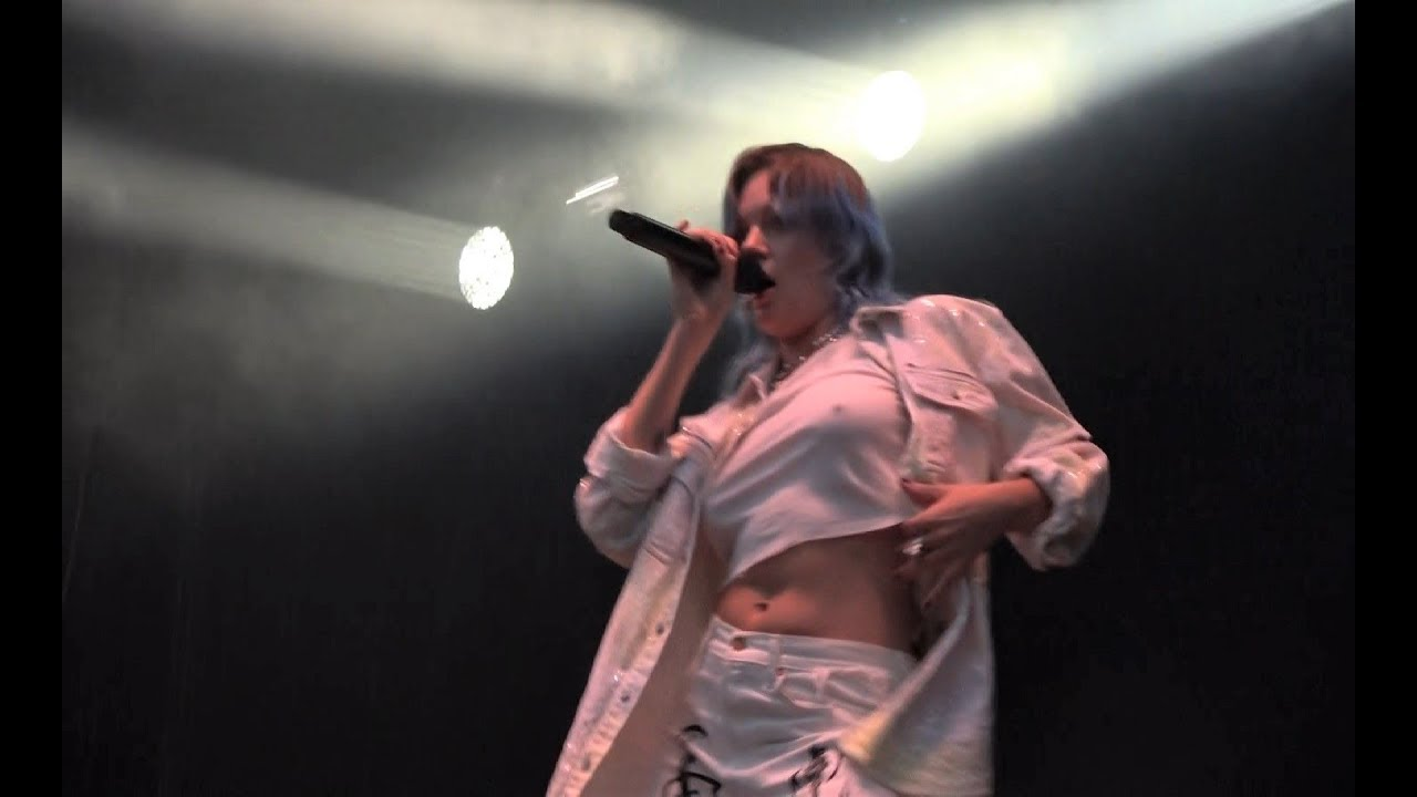 Tove Lo -01- Disco Tits (Live) Brussels Summer Festival BSF in Belgium on  14Aug19