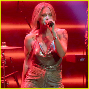 Tove Lo Performs 'Disco Tits' Live on 'The Tonight Show ...