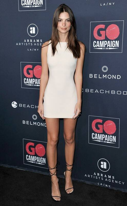 Emily Ratajkowski on Her ''Complicated Relationship'' With ...