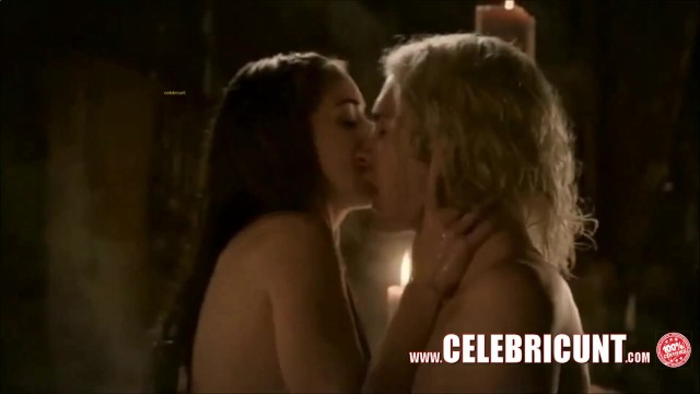 Game of thrones nudes scenes porn hub Game Of Thrones Topless 35