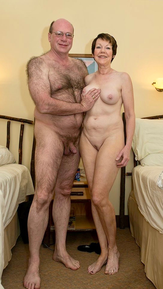 Pictures of mature old couples - OldNakedLadies.com