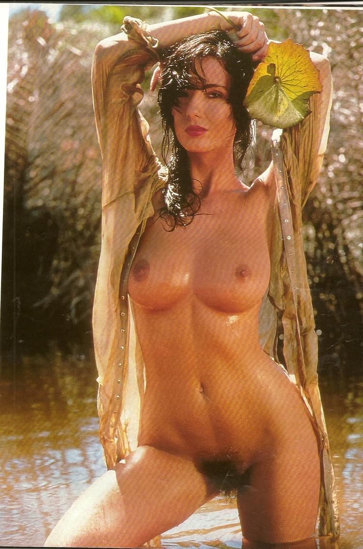 Munroe  nackt Kathleen 61 Leah